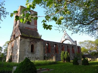 Flieth_Kirchenruine_1